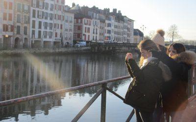 Les élèves de 5ème sur les traces du Bayonne médiéval